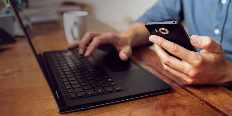 Microsoft Dikabarkan Hentikan Penjualan Lumia, Gantinya Hadirkan Surface Phone
