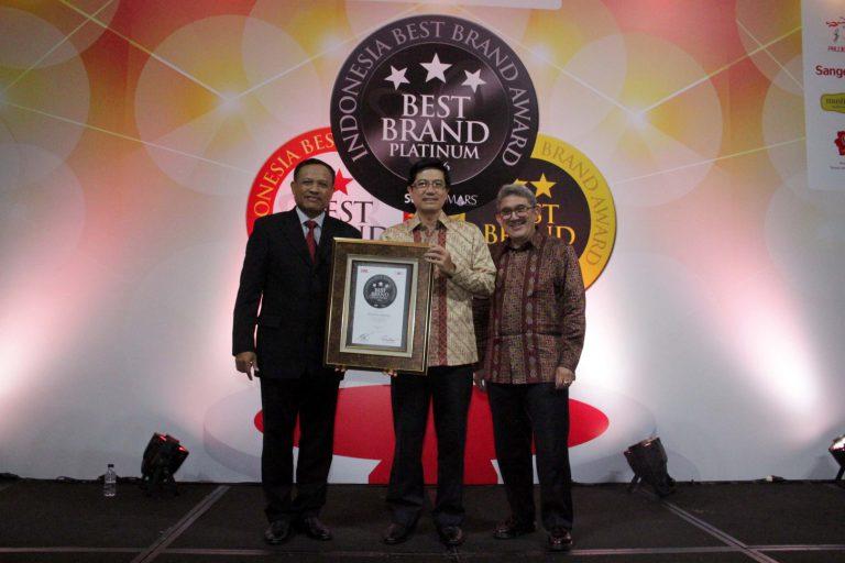 Tiga Tahun berturut-Turut, Avanza Raih Best Brand Award di IBBA 2016