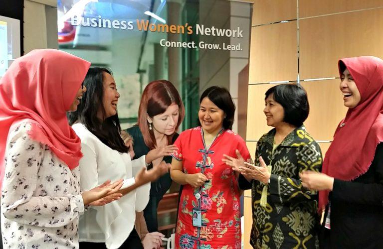 Cetak Wanita yang Siap di Dunia Kerja, SAP Ajak UI dan PMBS Gelar 'Women Mentoring Program'