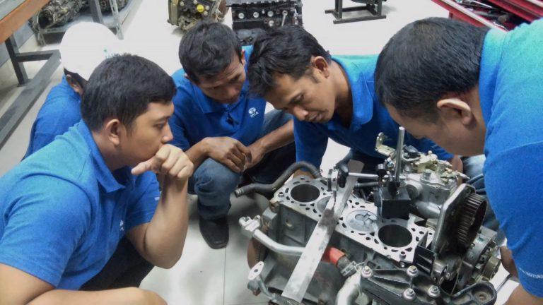 Tata Motors Berikan Pelatihan Gratis untuk 1.000 Mekanik Bengkel Mobil Umum