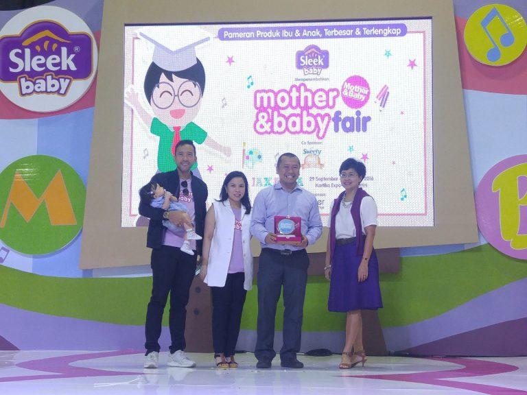 Toyota Raih Gelar Mobil Favorit Keluarga Indonesia Versi Majalah Mother & Baby