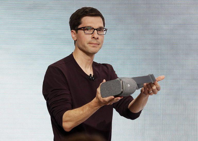 "Daydream View, VR ""Cardboard ++"" Racikan Google yang Dibanderol US$ 79"