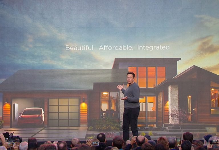 Atap Surya dan Powerwall 2 Lengkapi Solusi Energi Terbarukan Tesla untuk Rumah Ramah Lingkungan