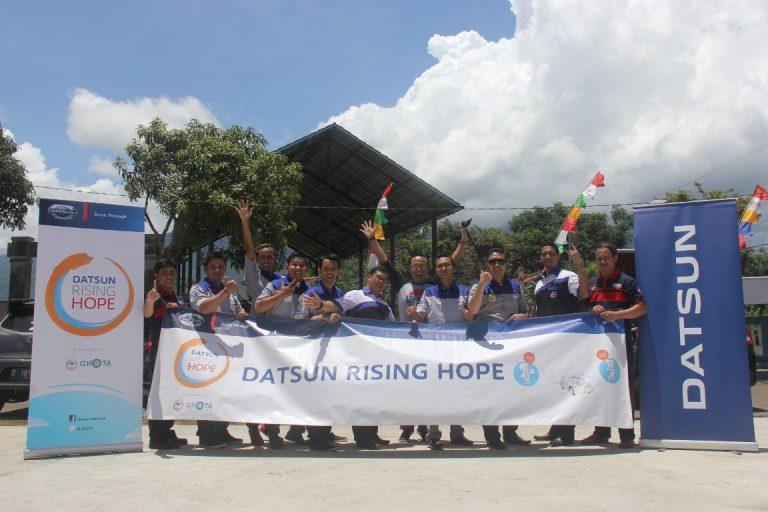 Komunitas Datsun Menjadi Relawan di Kelas Inspirasi Datsun Rising Hope