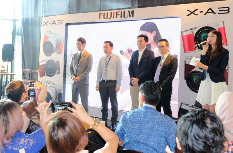 Harga Rp 8,8 Juta, Kamera Mirroless Fujifilm X-A3 Berdesain Retro Ini Sasar Penggemar Selfie