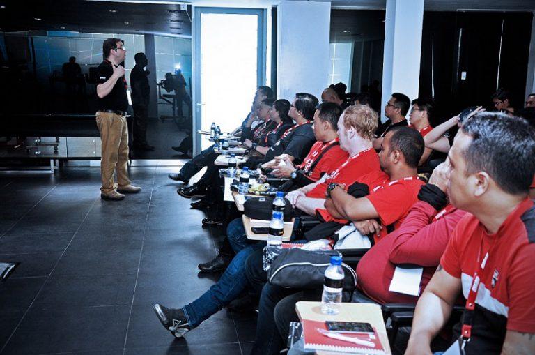 Garansindo Euro Sport Gelar Coaching Clinic untuk Pengguna Ducati di Tanah Air