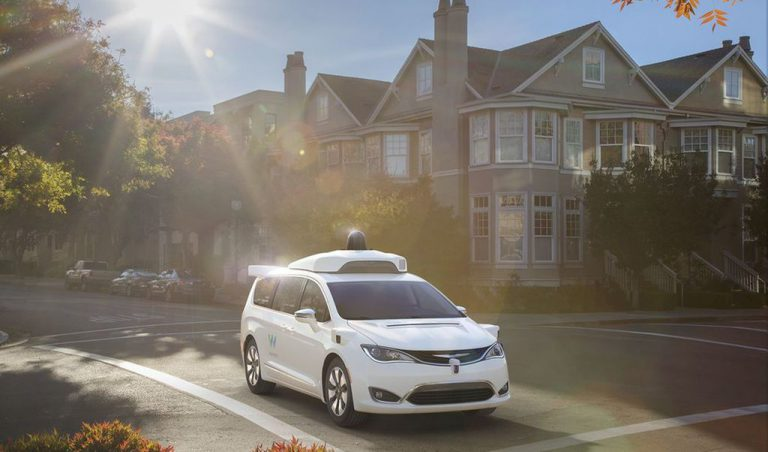Lewat Waymo, Teknologi Mobil Otonom Google Kini Hadir di Minivan