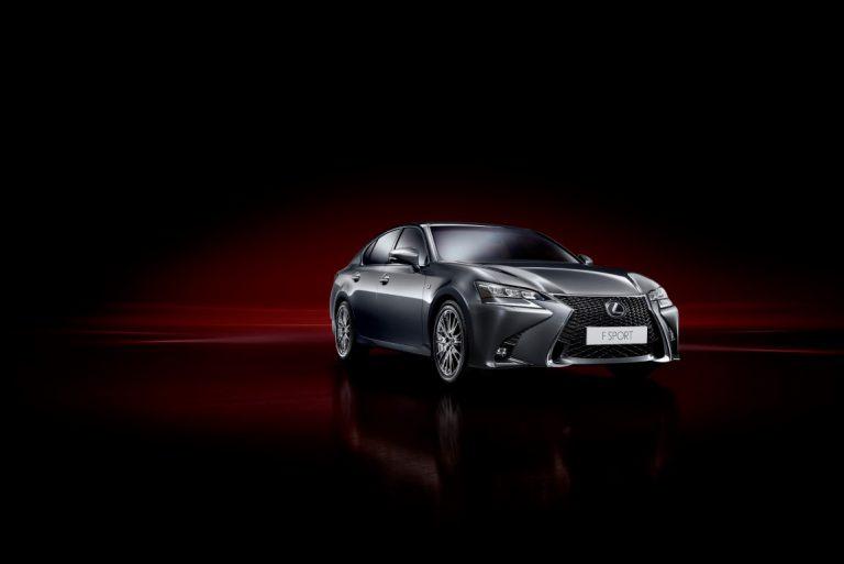 Lexus GS 200t Raih Dua Penghargaan di Segmen Mobil Mewah Ukuran Medium