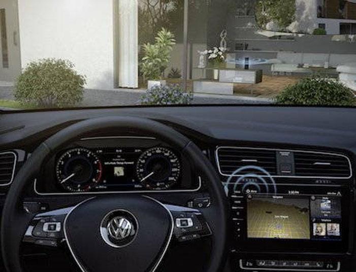 Tidak Hanya Google, Cortana, dan Siri, Alexa Juga Dibidik untuk Dipasang di Kabin Kendaraan