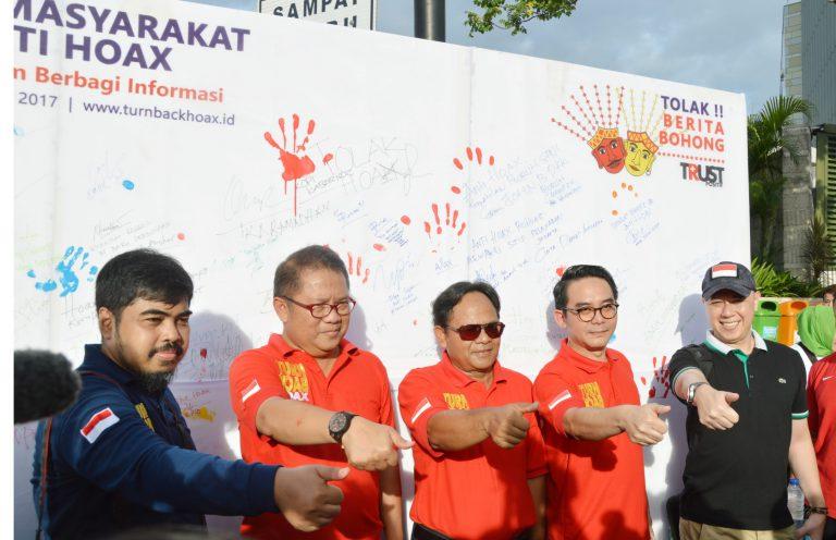 Masyarakat Indonesia Pegiat Medsos Deklarasikan Perang Terhadap HOAX