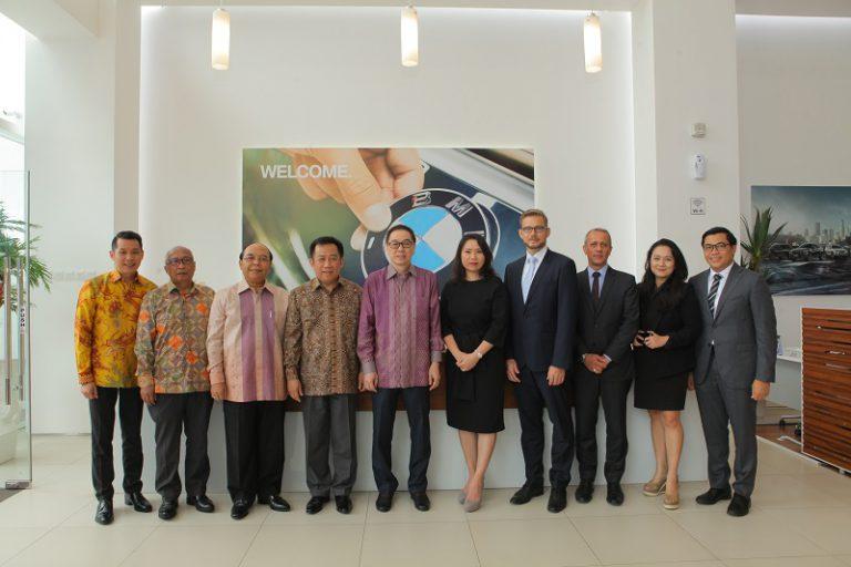 Perkuat Jaringan Penjualan, BMW Indonesia & Astra Buka Showroom Baru di Pluit