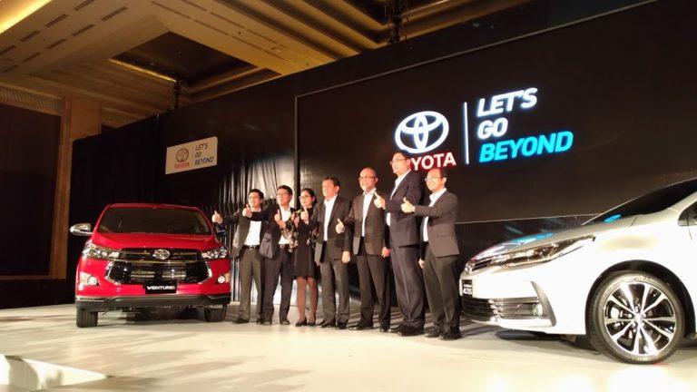 Toyota Innova New Venturer dan New Corolla Altis Hadir di Indonesia