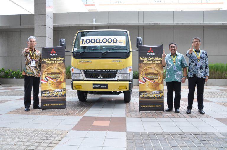Mitsubishi Fuso Cetak Rekor Penjualan Ke-Satu Juta Unit Colt Diesel
