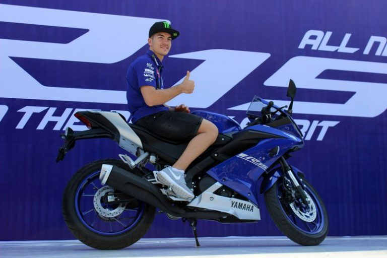 Gandeng Vinales, Yamaha Indonesia Perkenalkan All New R15