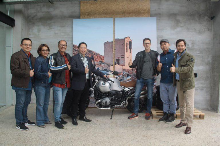 BMW Motorrad Resmikan Flagship Store di Jakarta Selatan