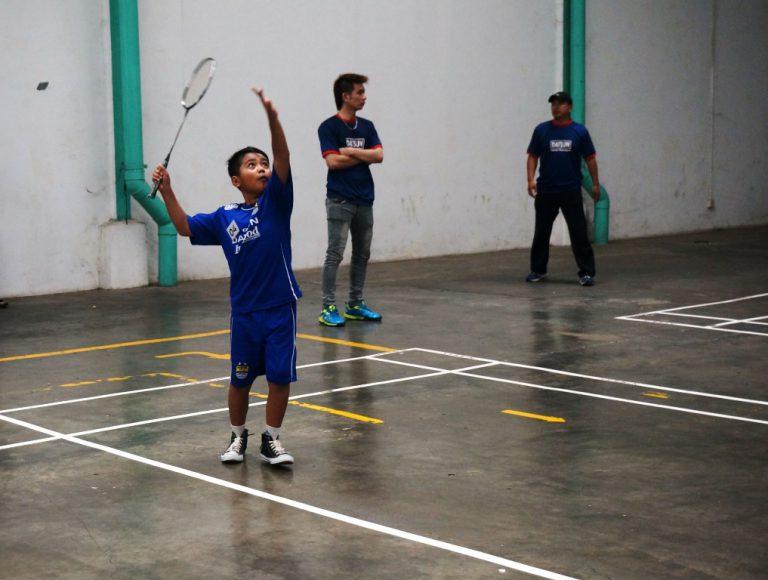 Di Purwakarta, Datsun Buka Pelatihan Bulutangkis Anak-Anak