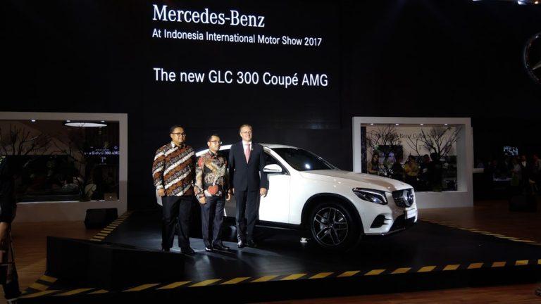 Hari Pertama IIMS 2017, Mercedes Luncurkan New GLC 300 Coupe AMG