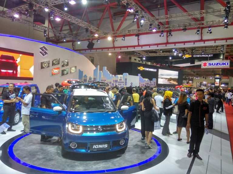 Booth Suzuki Dipadati Pengunjung, Ignis dan GSX-R150 Dominasi Penjualan