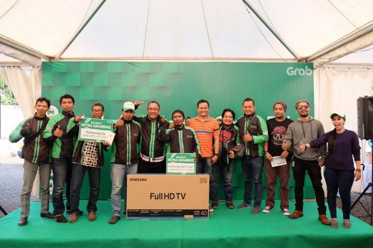 Grab Apresiasi Mitra Pengemudi GrabBike di Surabaya