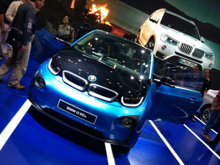 Serasi dengan Tema Rise of The Future Mobility, BMW Bawa i3 di Pavilion BMW