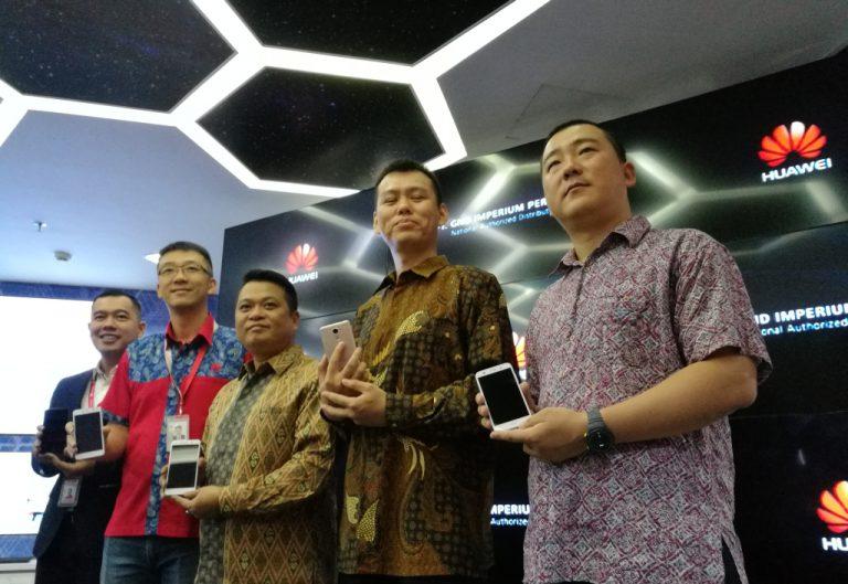Jelang Kehadiran P10, Huawei Hadirkan Tiga Varian Smartphone Mid-Low Seri Y di Indonesia