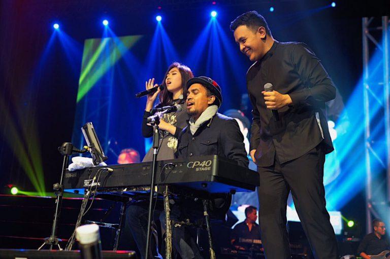 LINE Concert Surabaya Sukses Datangkan Sekitar 4.000 Pengguna LINE