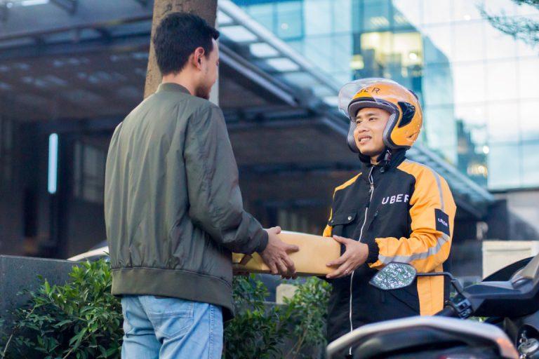 UberDELIVER Hadir di Kota Pahlawan Surabaya