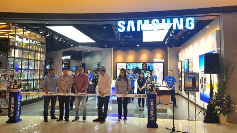 Samsung Kembali Buka Gerai Smartphone Baru di Summarecon Mall Serpong