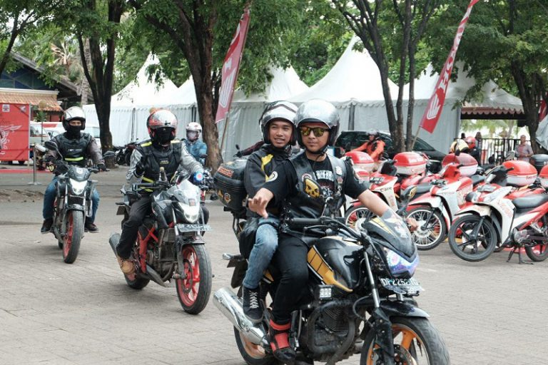 """Selesai Pelatihan """"Cari Aman"""", Ribuan Biker Siap Ramaikan Honda Bikers Day 2017"""