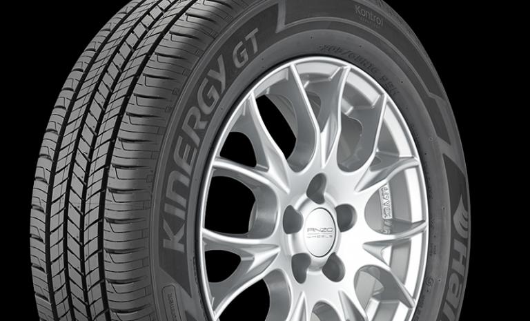 Hankook Tire Kinergy GT Jadi Ban Resmi Toyota Camry 2018