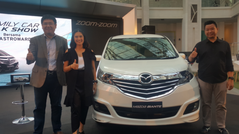 Dian Sastrowardoyo Ceritakan Pengalamannya dengaan Mobil Keluarga Idaman di 'Mazda Power Drive'