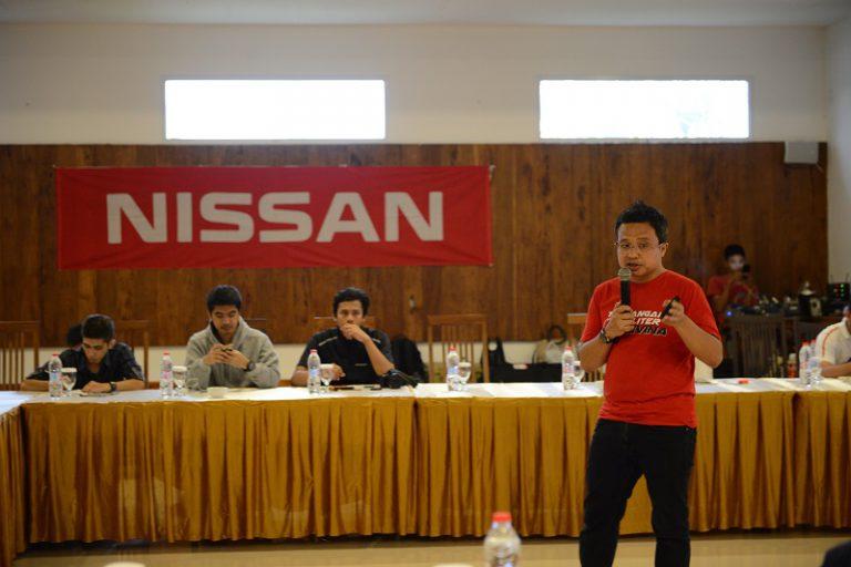 """Pamer Intelligent Mobility, Nissan Gelar """"Tantangan 7 Liter Livina"""" di Bali"""