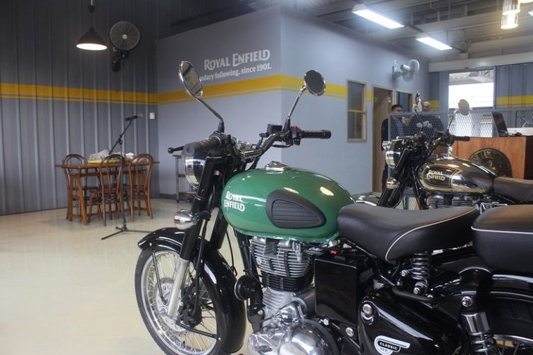 Service Center Royal Enfield Kini Hadir di BSD City