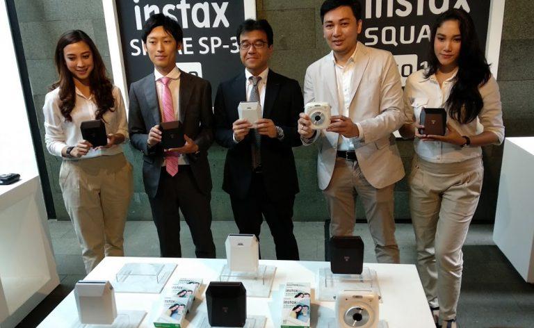 Hadirkan Kenangan Foto Square yang Instan, Fujifilm Luncurkan Kamera SQ10 dan Printer SP-3