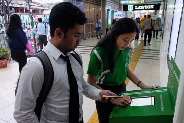 Grab dan PT KAI Hadirkan Layanan Terpadu bagi Para Komuter di Jabodetabek