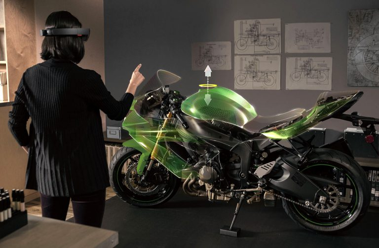 Microsoft Hololens Menjanjikan untuk Dunia Otomotif