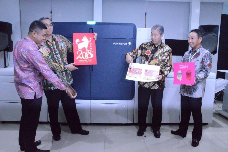 Astragraphia Pasarkan Printer Fuji Xerox High-end 6 Warna untuk Bisnis Percetakan