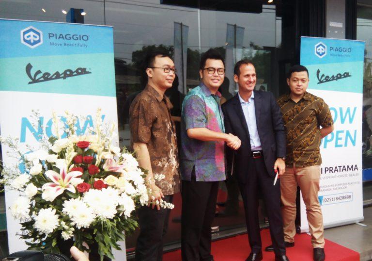 Piaggio Resmikan Dealer Baru di Bogor