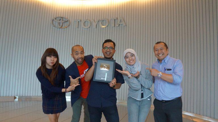 Channel YouTube Toyota Indonesia Dapatkan Silver Play Button dari Google Indonesia