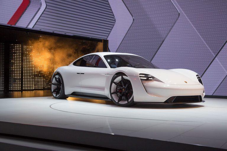 Porsche Siapkan Dana 6 Miliar Euro untuk Elektromobilitas Pada 2022