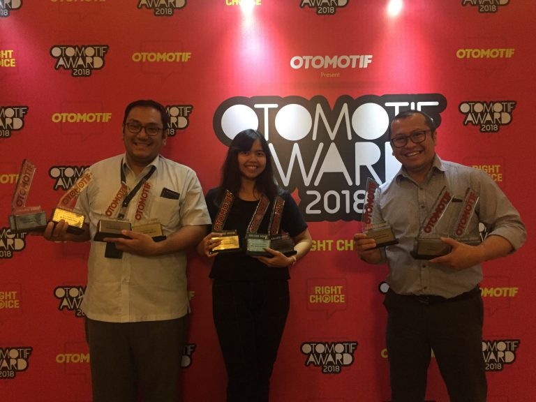 Toyota Bawa Pulang 11 Penghargaan di Ajang Otomotif Award 2018