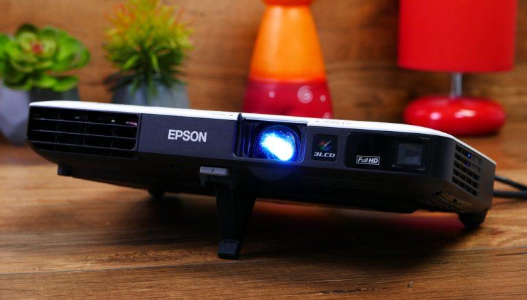 Epson EB-1795F: Proyektor Ultra Portabel yang Fleksibel, Ramah Pengguna, dan Sarat Fitur