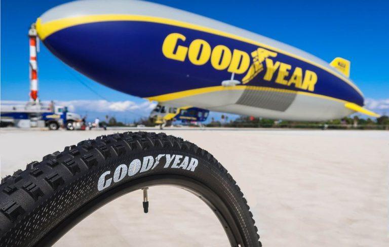 Goodyear Dapatkan Penghargaan dari Subaru di Kategori Supplier Pengiriman Terbaik