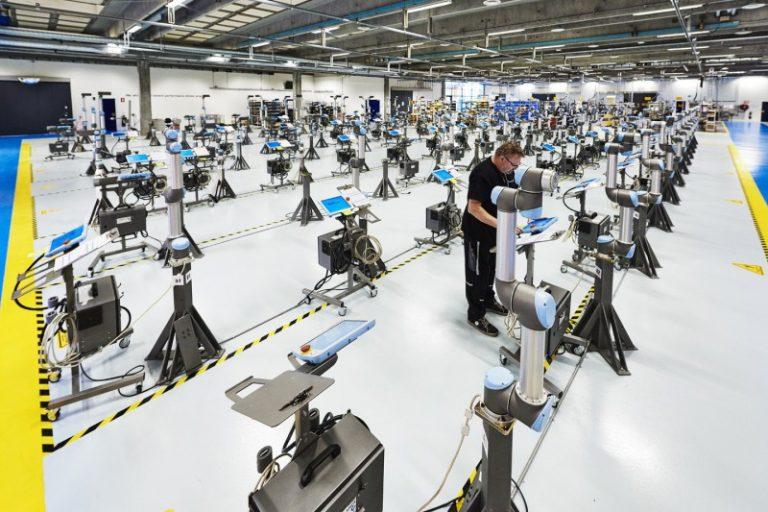 Universal Robots: Indonesia Sedang Bersiap untuk Era Robot dan Otomasi