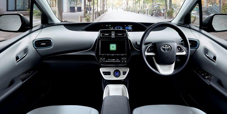 Clova Auto dari LINE akan digunakan di Mobil Toyota
