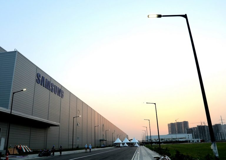 Menolak Disalip Xiaomi, Samsung akan Dirikan Pabrik Ponsel Terbesar di India