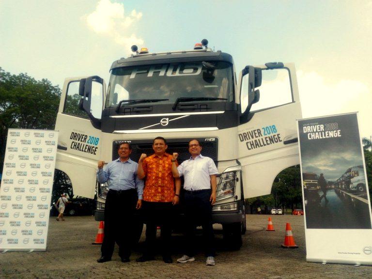 2018 Volvo Truck >> 8 Supir Truk Terbaik Memperebutkan 1 Tiket Volvo Trucks