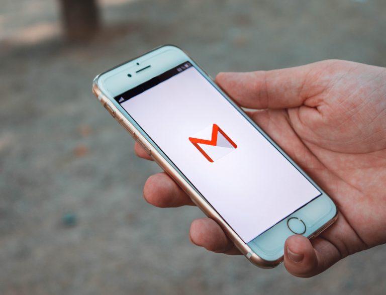 Akhirnya… Ikut Versi Web, Gmail Mobile Juga Punya Fitur Tarik E-mail