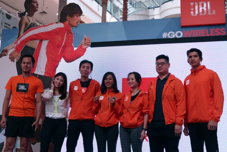 Manfaatkan Momentum Asian Games 2018, JBL Hadirkan Jajaran Sport Earphone Seri Endurance Terbaru
