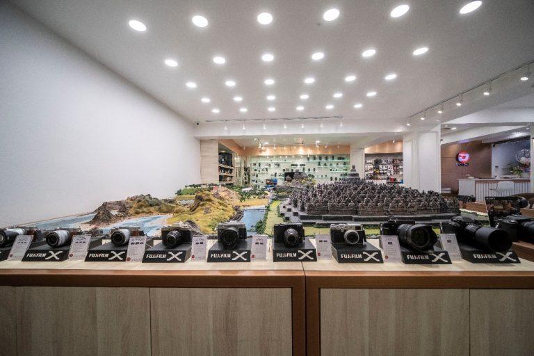 Pasar Mirrorless Tumbuh 30 Persen, DOSS Tambah Satu Superstore di Kawasan Cideng